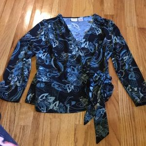 Wrap around top medium black & blue